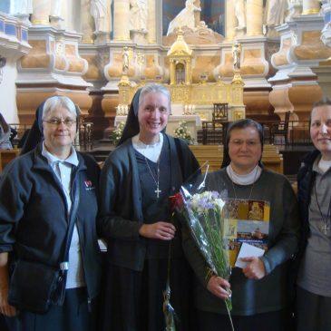 s. Linai Minelgaitei FMA buvo įteiktas Šiluvos Dievo Motinos medalis